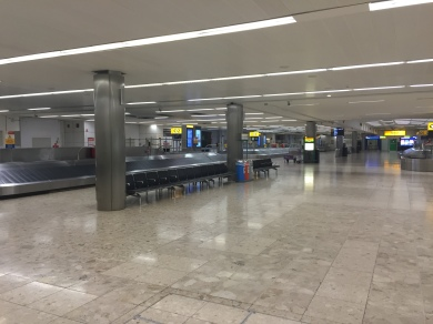 LHR T1 empty baggage hall2